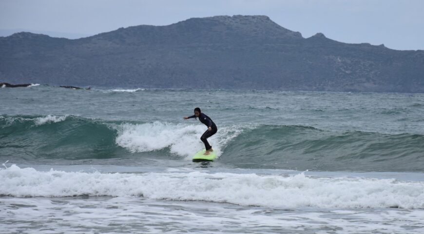 surfing crete-Chania beach