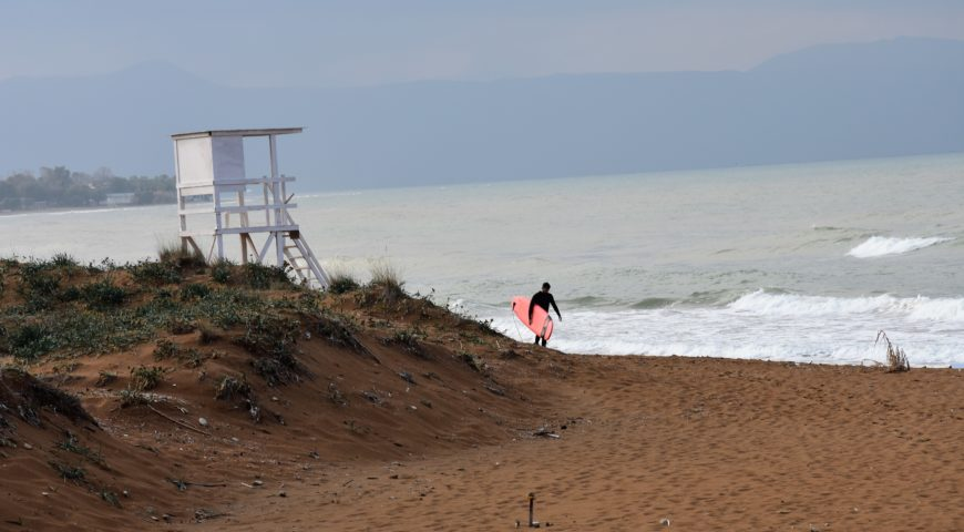 Surfing Crete-Chania
