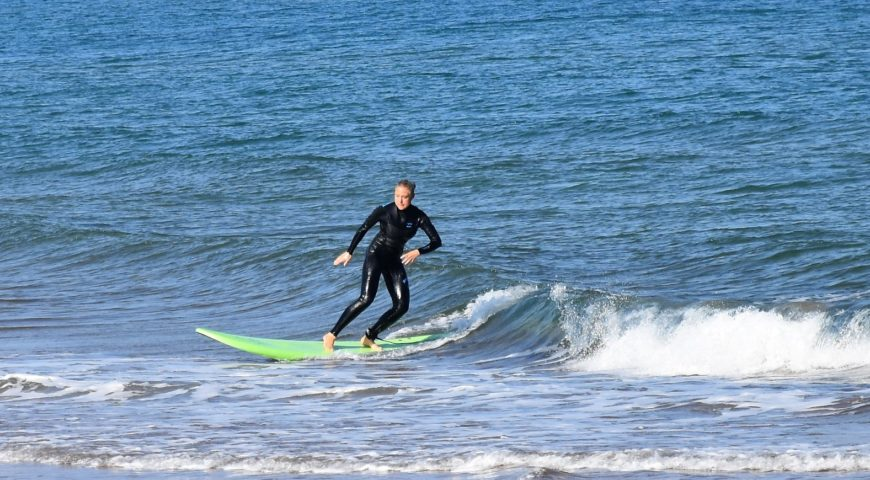 Surf lessons in Chania