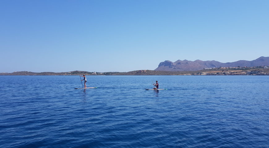 Stand up paddleboard in Crete