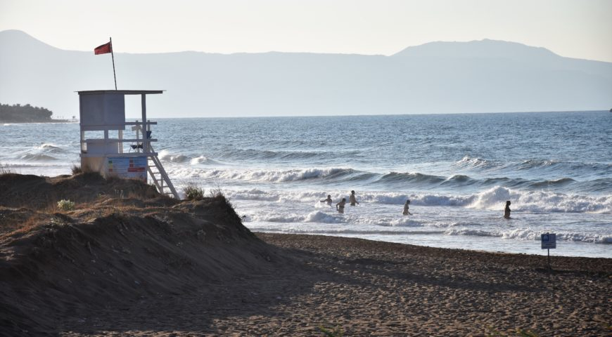 Chania surfing