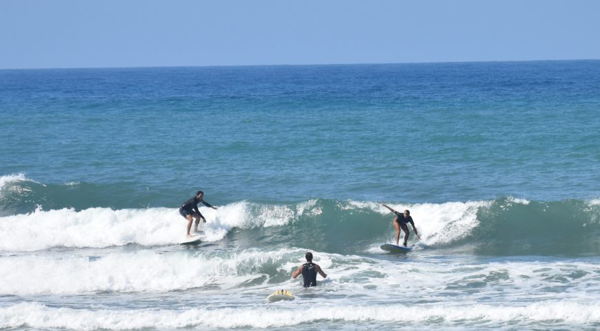 surfing chania